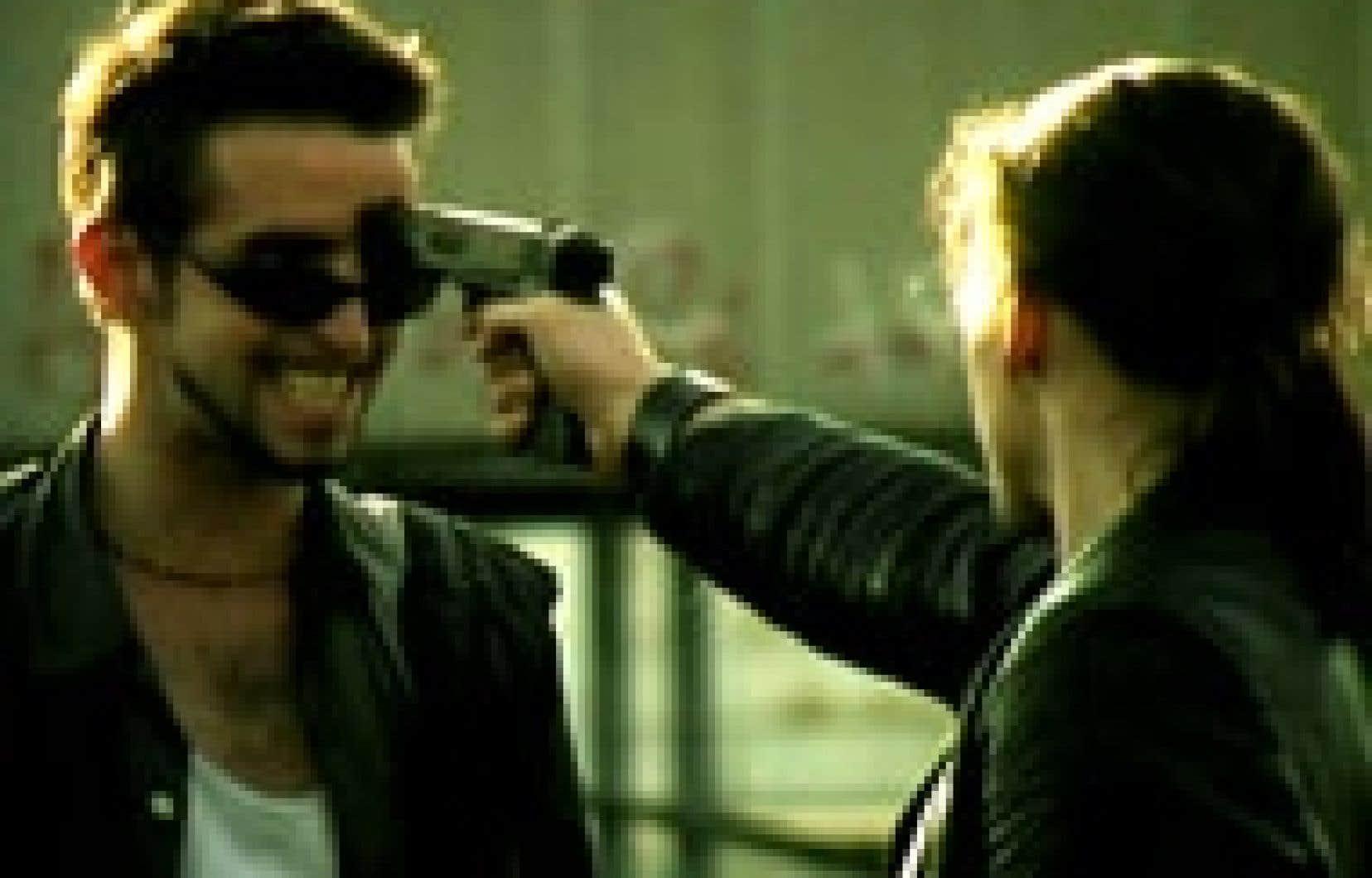 Pierre-Antoine Lasnier et Martin Desgagné dans une scène du film La Planque.