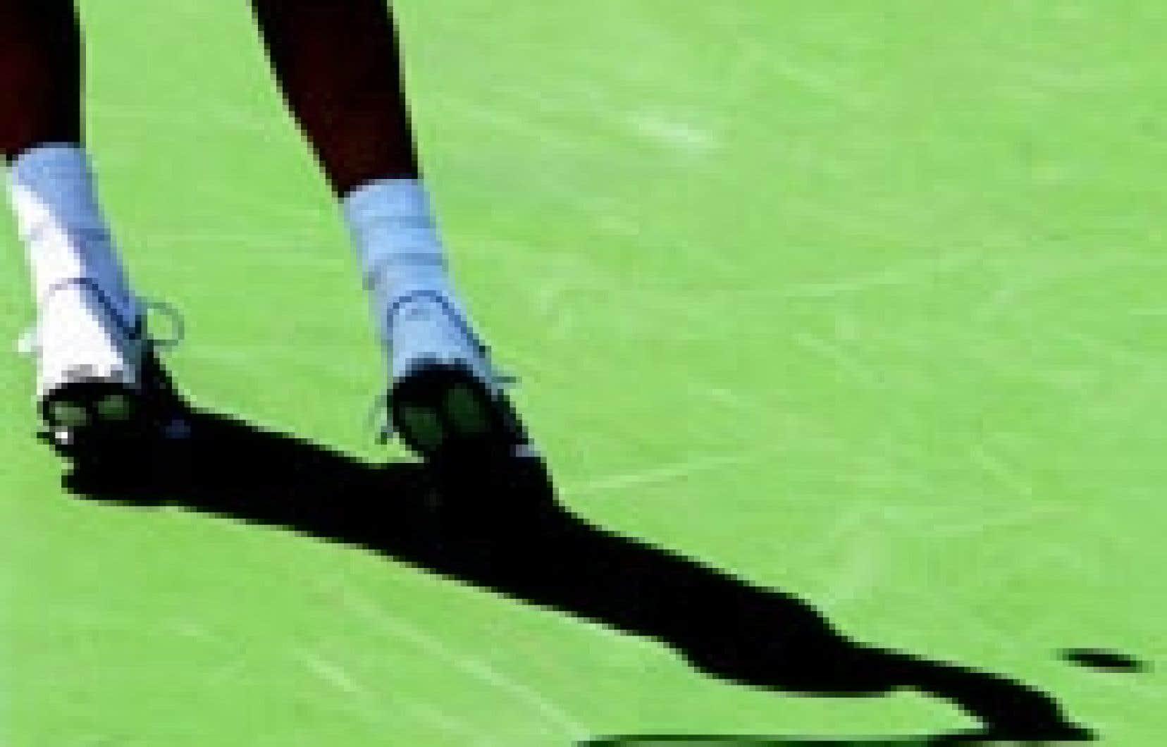 Andre Agassi avait beau se démener, hier, il a été assommé par l'Autrichien Juergen Melzer, 6-3,6-3 en une heure.