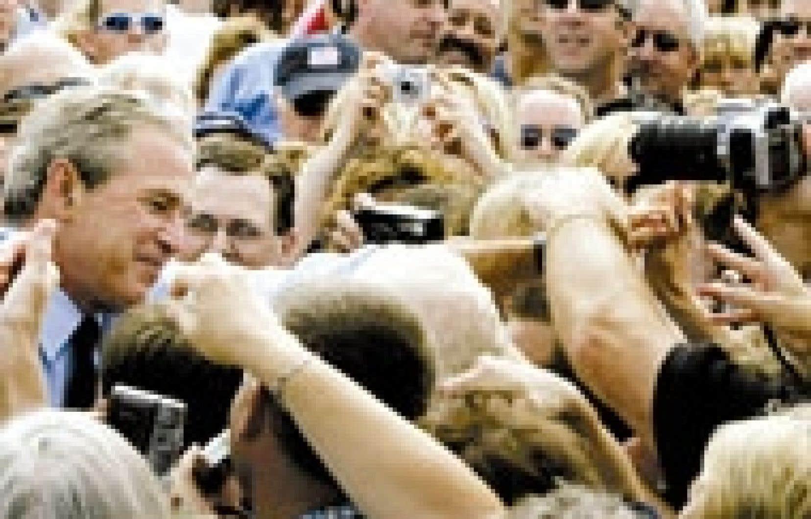 Dans sa dernière intervention radiophonique hebdomadaire, le président Bush, qui faisait campagne hier au Wisconsin, avait affirmé que son objectif était de protéger «l'institution la plus fondamentale de la civilisation».