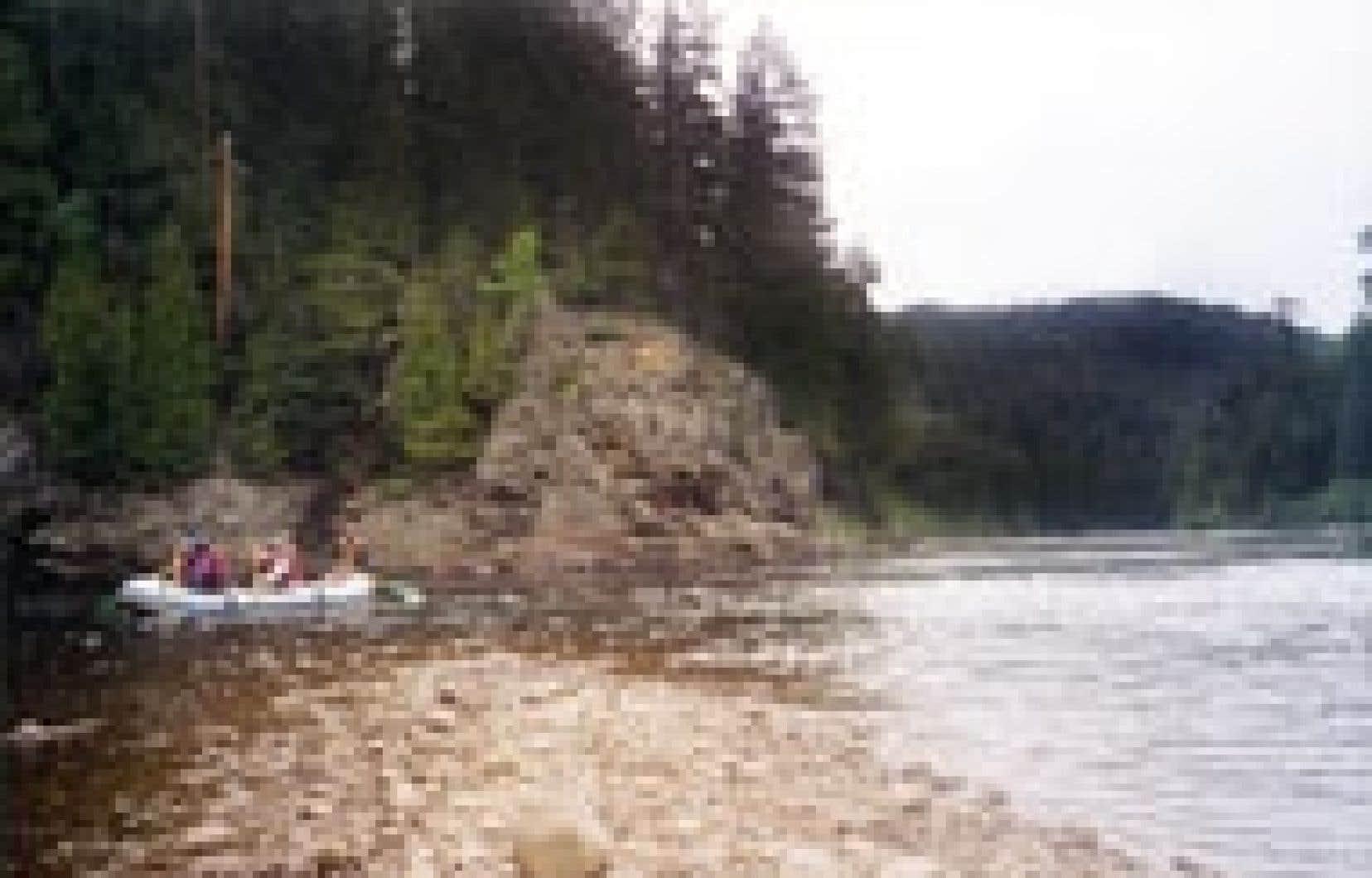 Descente Malbaie est la seule entreprise à offrir cette activité de rafting de plaisance sur la rivière Malbaie.