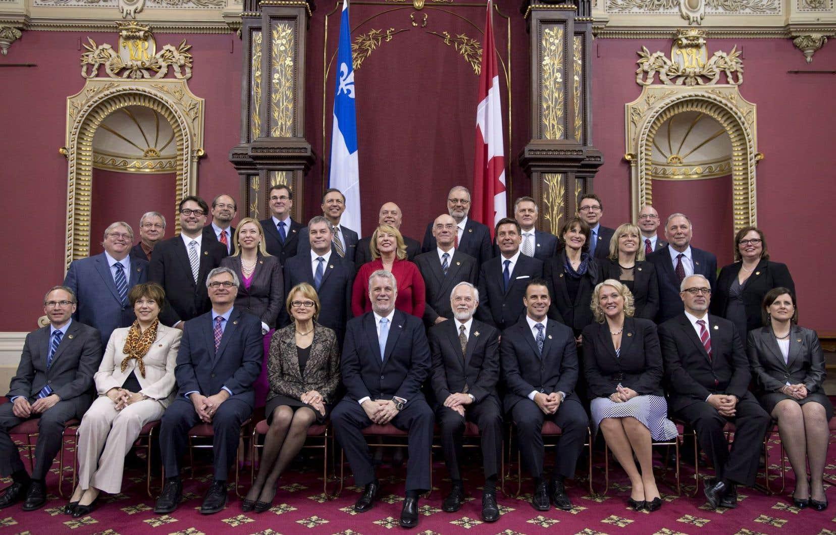 Peu après son élection, le premier ministre, Philippe Couillard, nommait les membres de son cabinet.