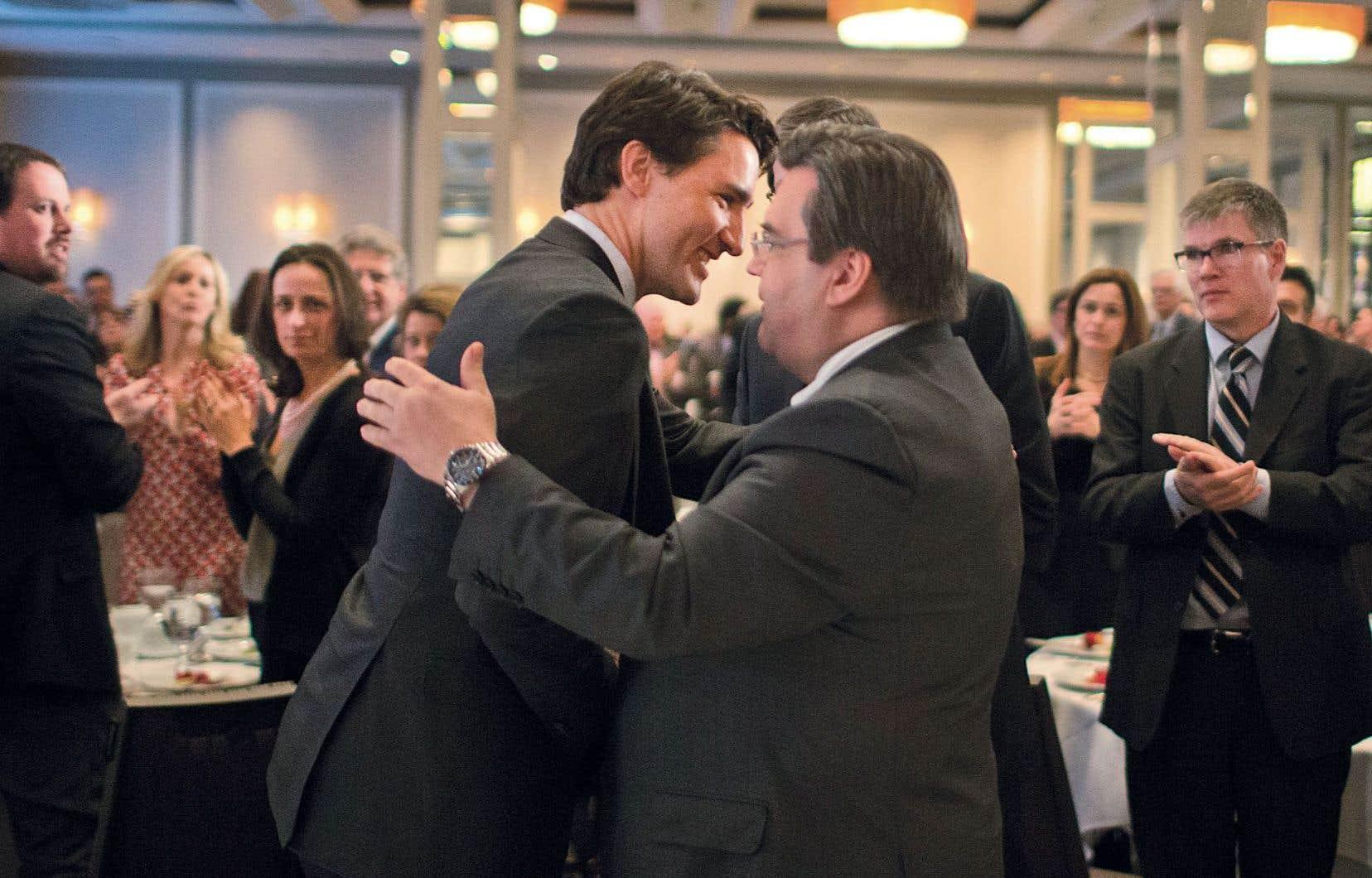 Justin Trudeau a eu l'occasion vendredi de saluer chaleureusement son ancien collègue du Parti libéral du Canada, le maire de Montréal, Denis Coderre.