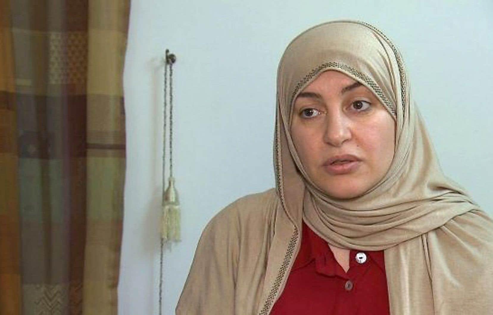 Rania el-Alloul, une Montréalaise, a refusé d'obtempérer à la demande de la juge et entend porter plainte auprès du Conseil de la magistrature du Québec.