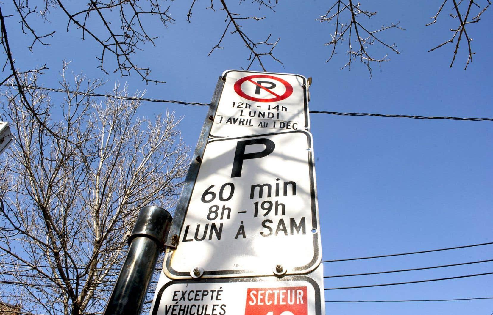 Des experts plaident pour que Montréal améliore la gestion du réseau de stationnement avant de bétonner de nouveaux espaces.