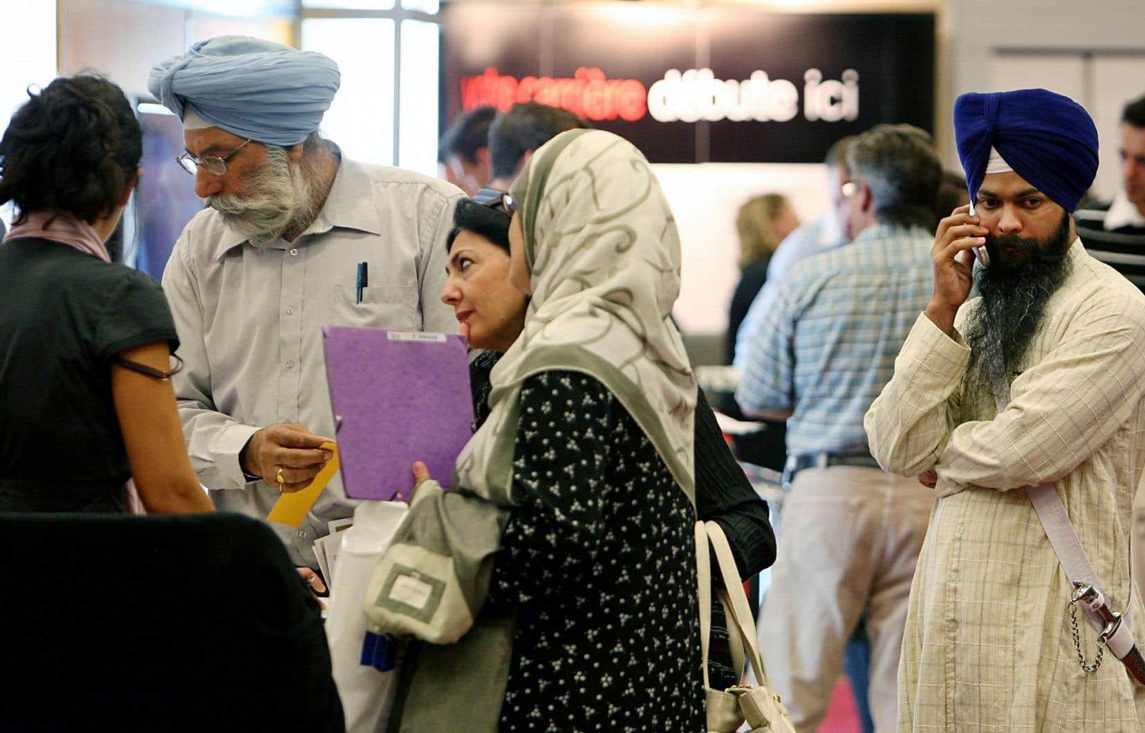 Le RAFIQ espère que ses demandes seront entendues, «car les femmes immigrantes vivent des réalités qui sont indignes d'un pays développé prônant fièrement la valeur de l'égalité hommes-femmes», assure la vice-présidente par intérim et ancienne présidente du Réseau d'action pour l'égalité des femmes immigrées et racisées du Québec (RAFIQ), Yasmina Chouakri.