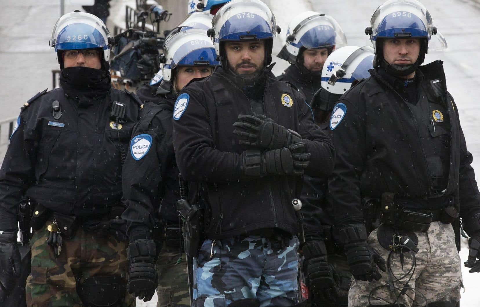 Les forces déployées, si elles n'ont pas été chiffrées par le SPVM, dépassaient largement le nombre de manifestants.