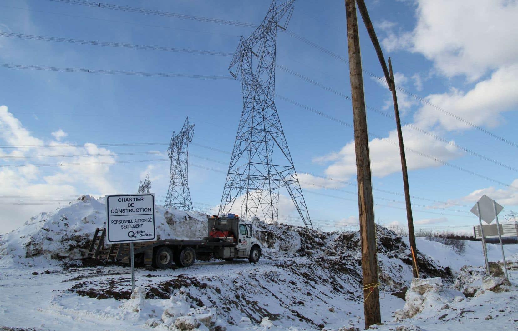 Si le projet de Mine Arnaud voit le jour, d'importantes lignes de transport d'Hydro-Québec pourraient être menacées.