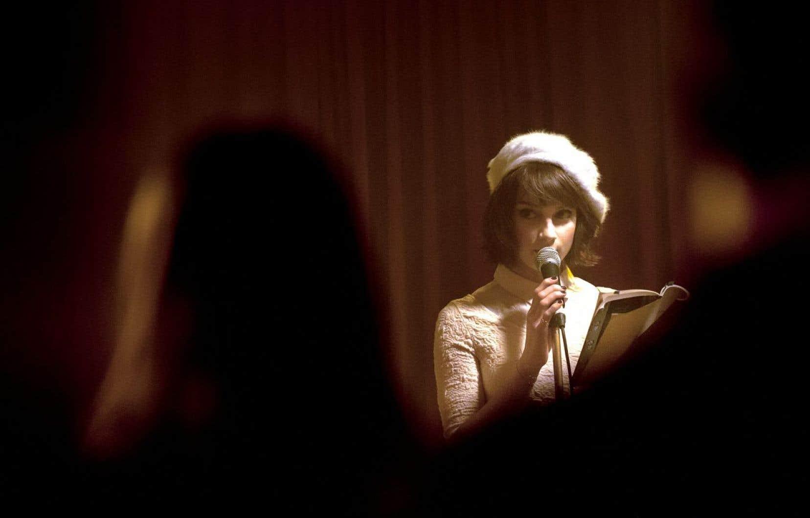 Sophie Desmarais est fascinante dans son rôle de Mercedes dans Gurov et Anna, de Rafaël Ouellet.