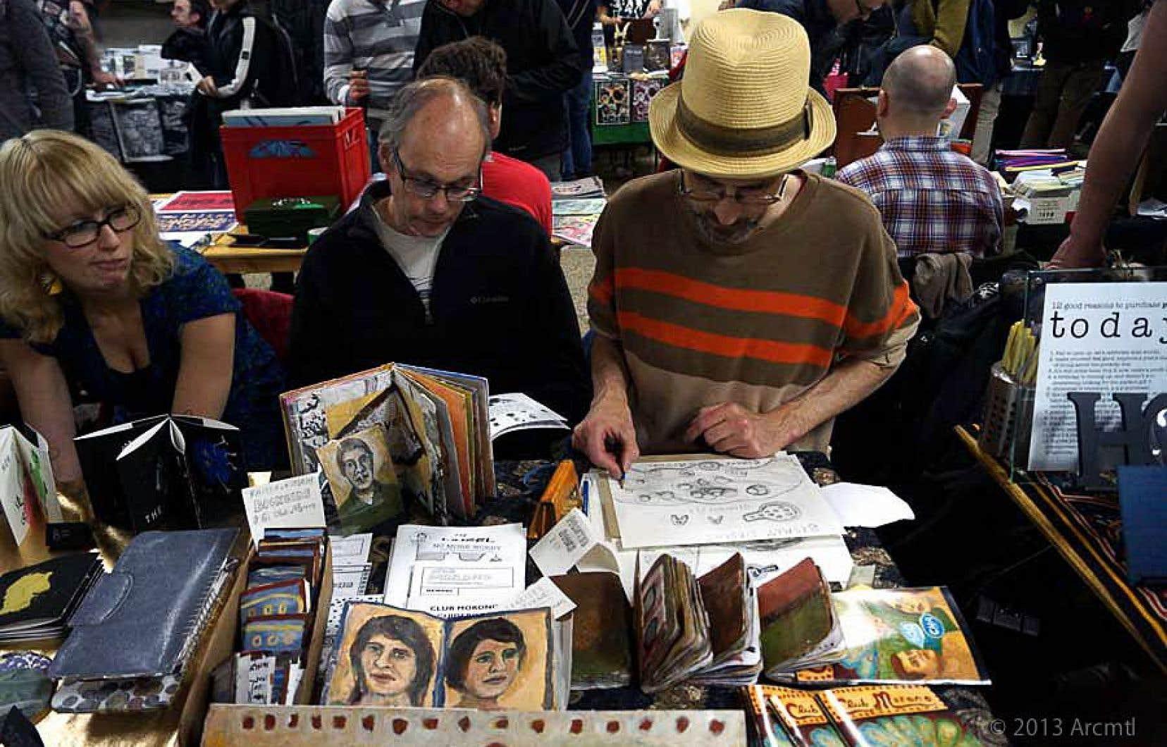 Chaque année depuis 2002, Archive Montréal organise la foire Expozine, un salon montréalais de fanzines, de bandes dessinées, de livres-objets et sérigraphies qui attire 20000 visiteurs.