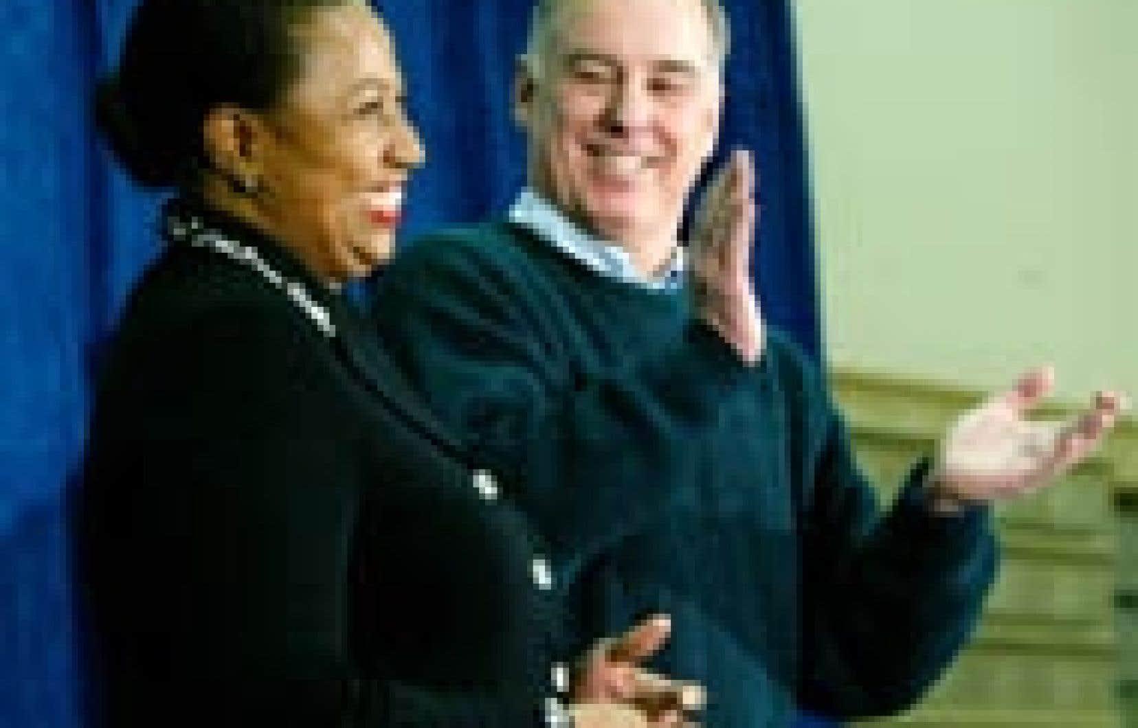 L'ex-gouverneur du Vermont a salué «une personne extraordinaire».
