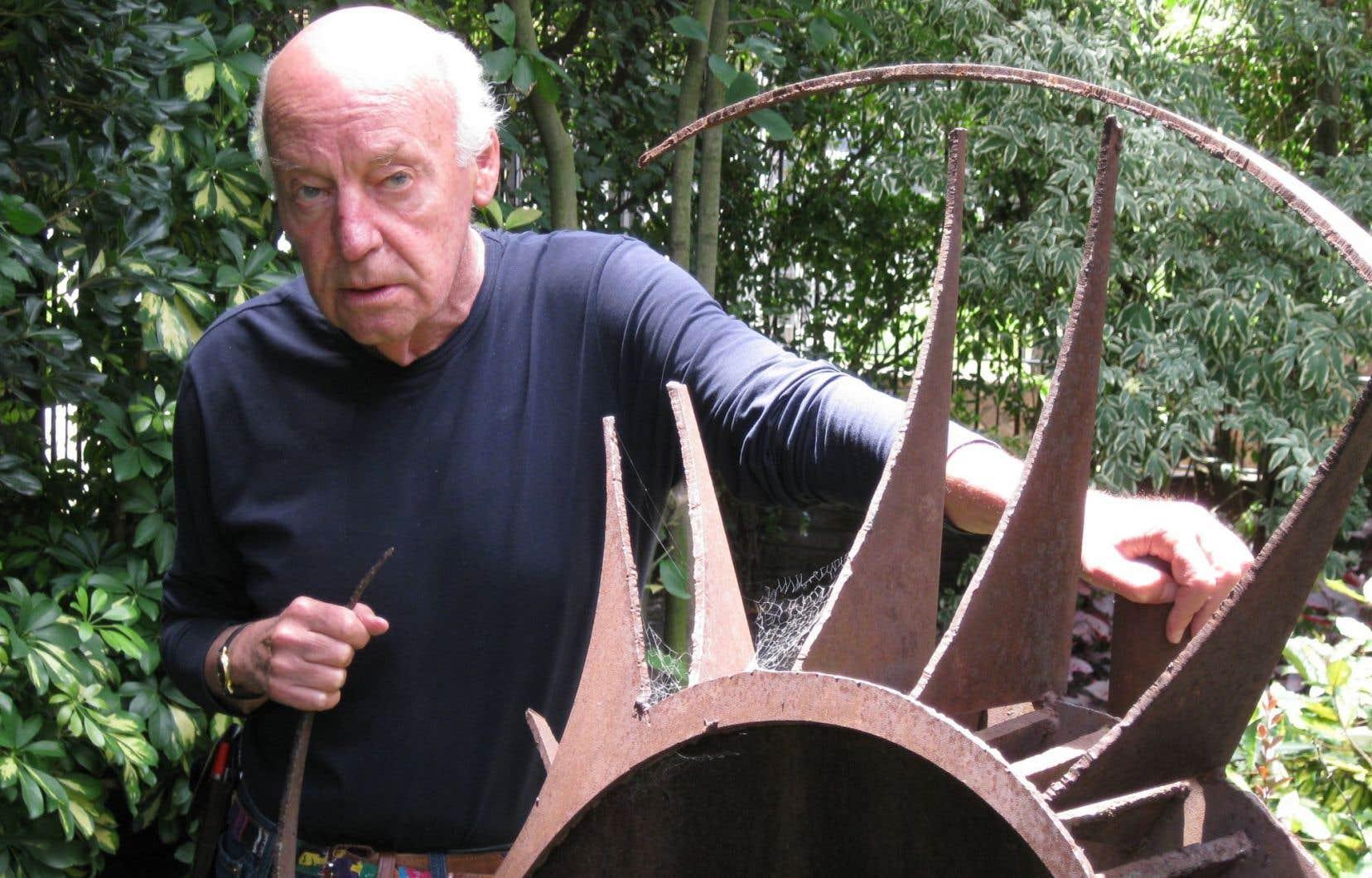 Eduardo Galeano s'intéressait d'une façon unique à la mémoire, en ramenant au premier plan les invisibles, <em>«ceux d'en bas, ceux qui attendent depuis des siècles dans la file d'attente de l'Histoire»</em>.