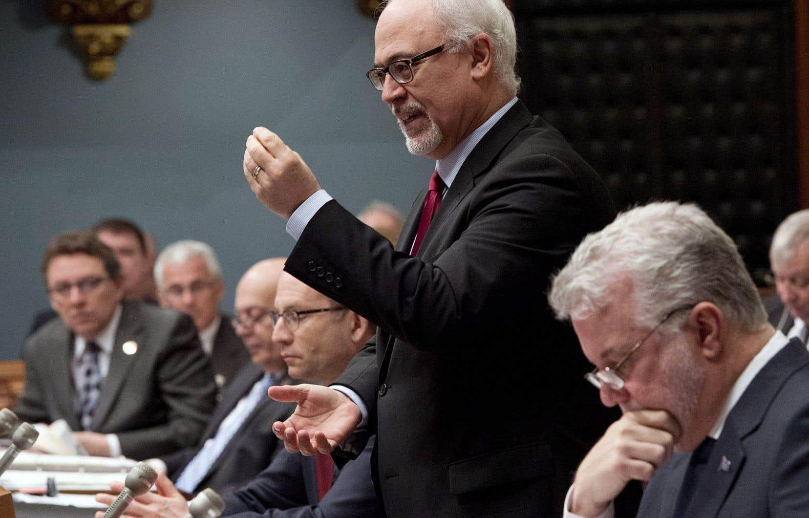 Les partis de l'opposition ont accusé les libéraux de recourir à la «méthode Harper», lundi, avec l'utilisation de la procédure exceptionnelle du bâillon.