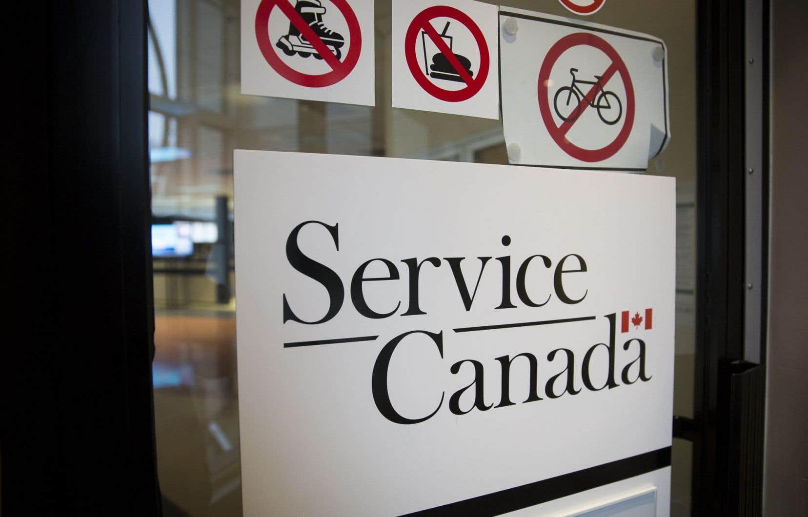 Plus de 509000 personnes ont été ajoutées à la liste des prestataires en février au Canada.