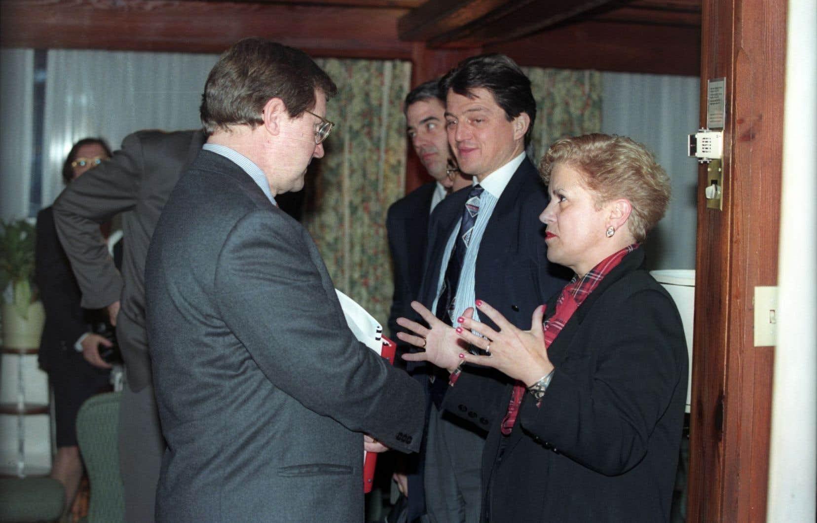 Louise Harel, sur cette photo prise en 1995, croit que l'approche privilégiée par le gouvernement du Québec il y a 20 ans est bien différente de celle qu'adopte celui de Philippe Couillard.