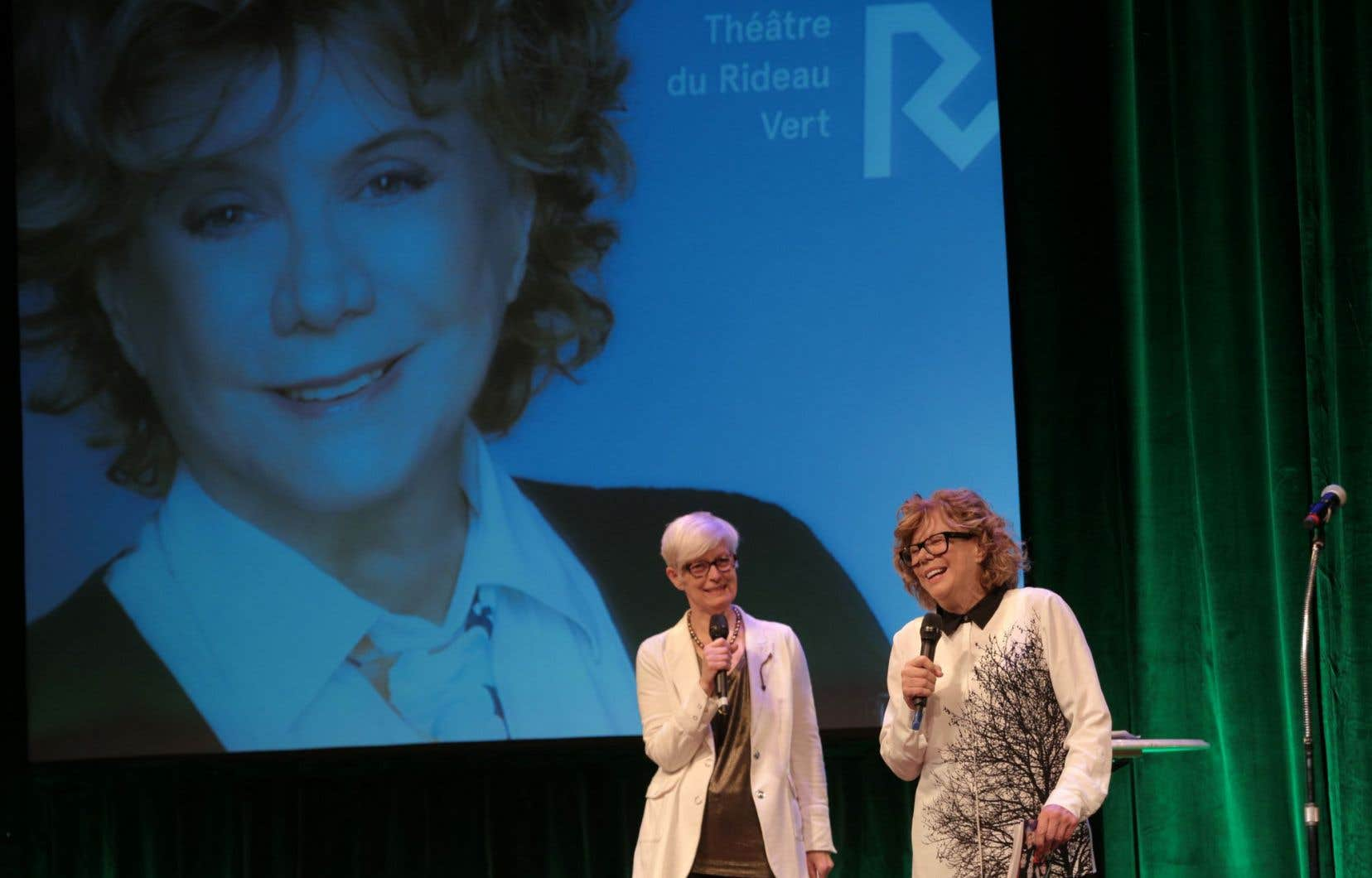 Les «coups de cœur» de la directrice artistique Denise Filiatrault (à droite) aspirent à composer une saison en équilibre entre l'accessibilité et la qualité.