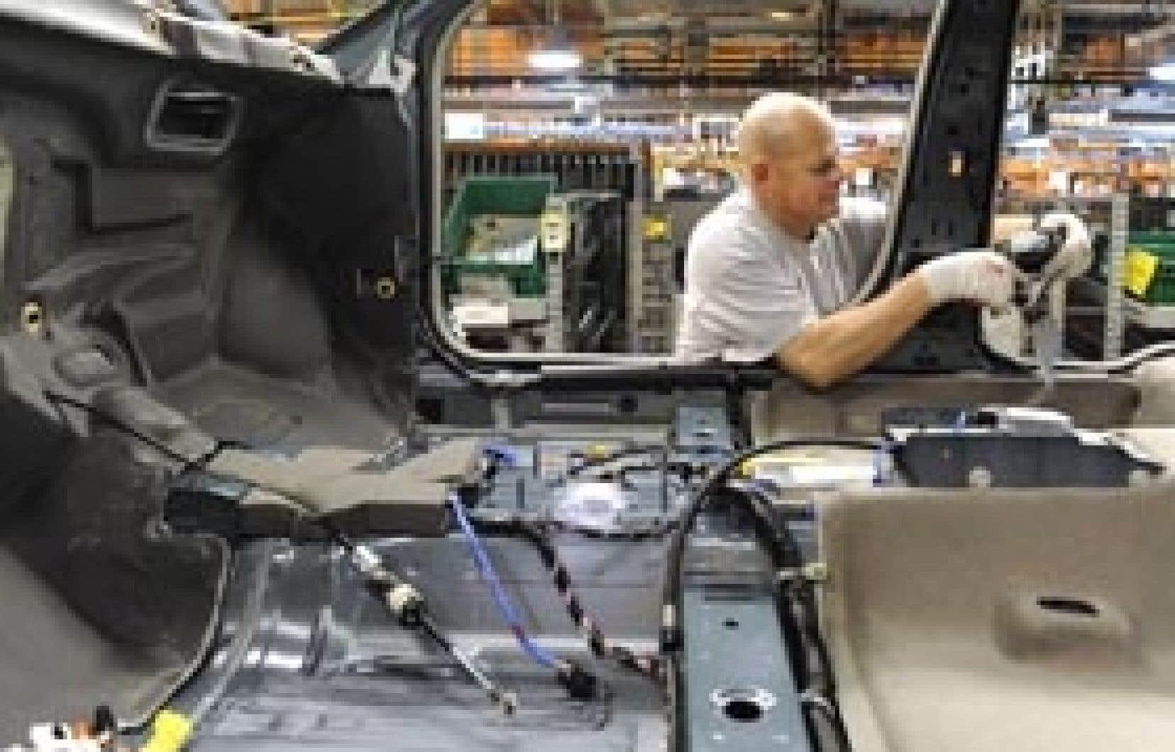 Le PIB américain a reculé de 6,3 % en rythme annuel au quatrième trimestre 2008.