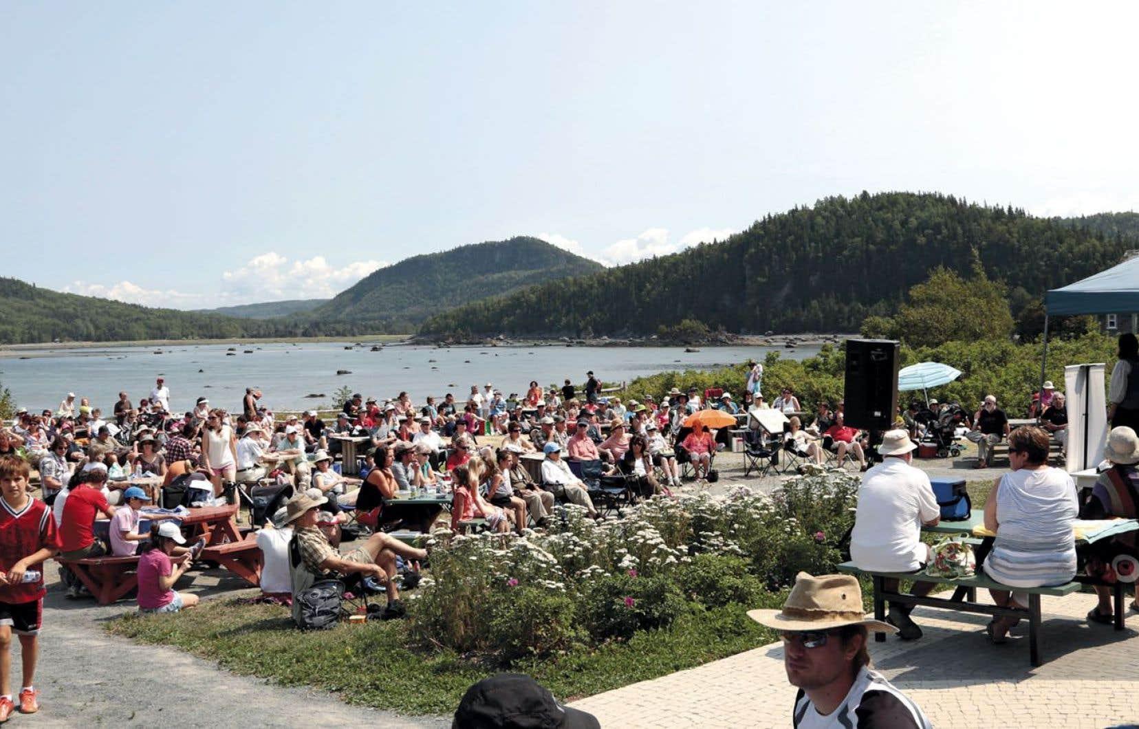 La création du festival Concerts aux îles du Bic, dans la région de Rimouski, date de 2002