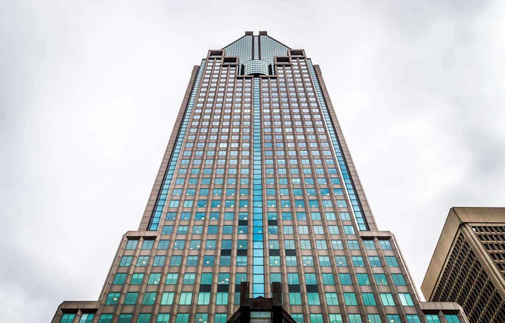 Jean Charest a établi ses quartiers au 42e étage du 1000 de la Gauchetière, le plus haut gratte-ciel de Montréal.