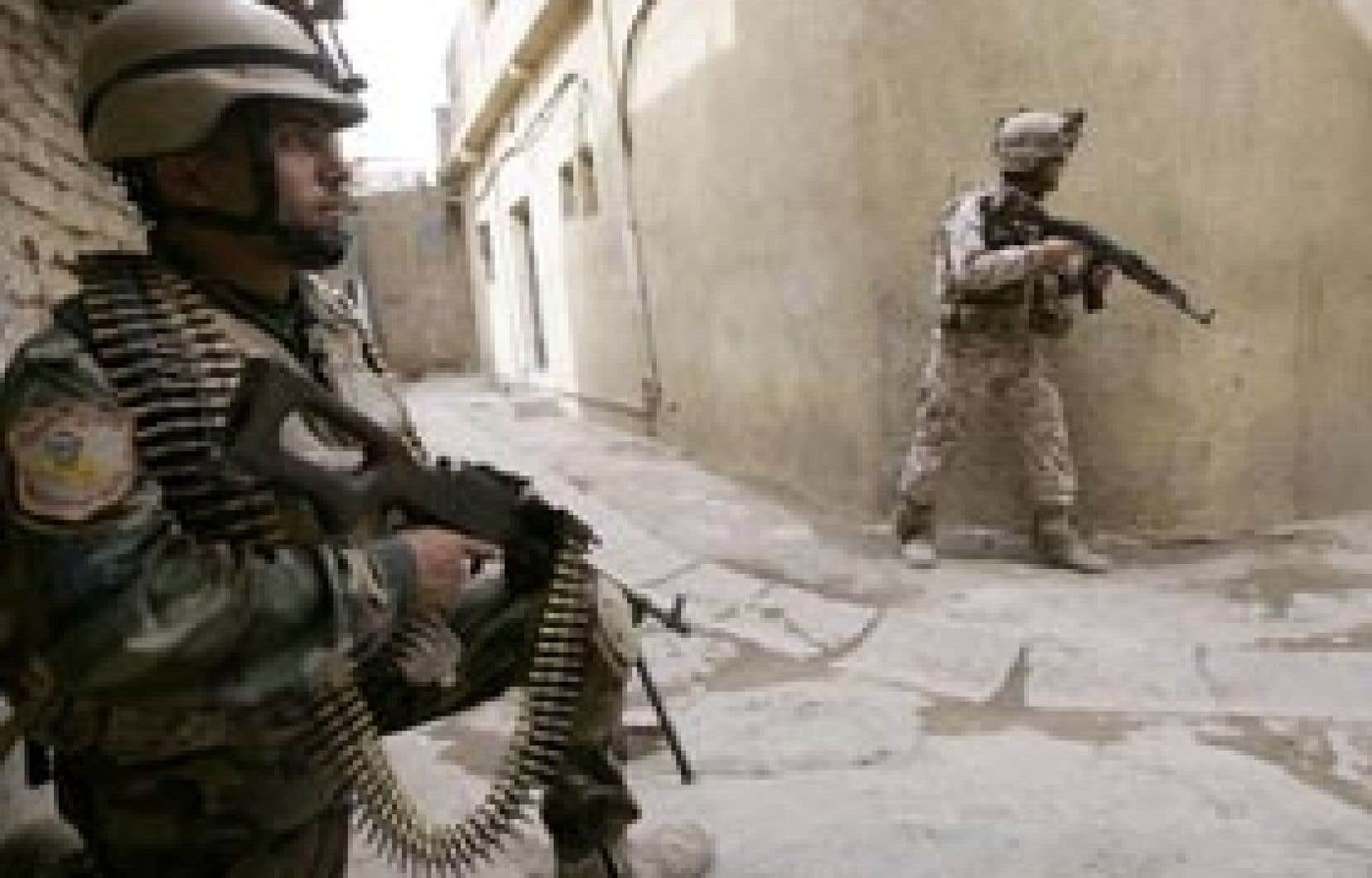Les militaires irakiens ont investi le quartier de Fadel, à Bagdad.