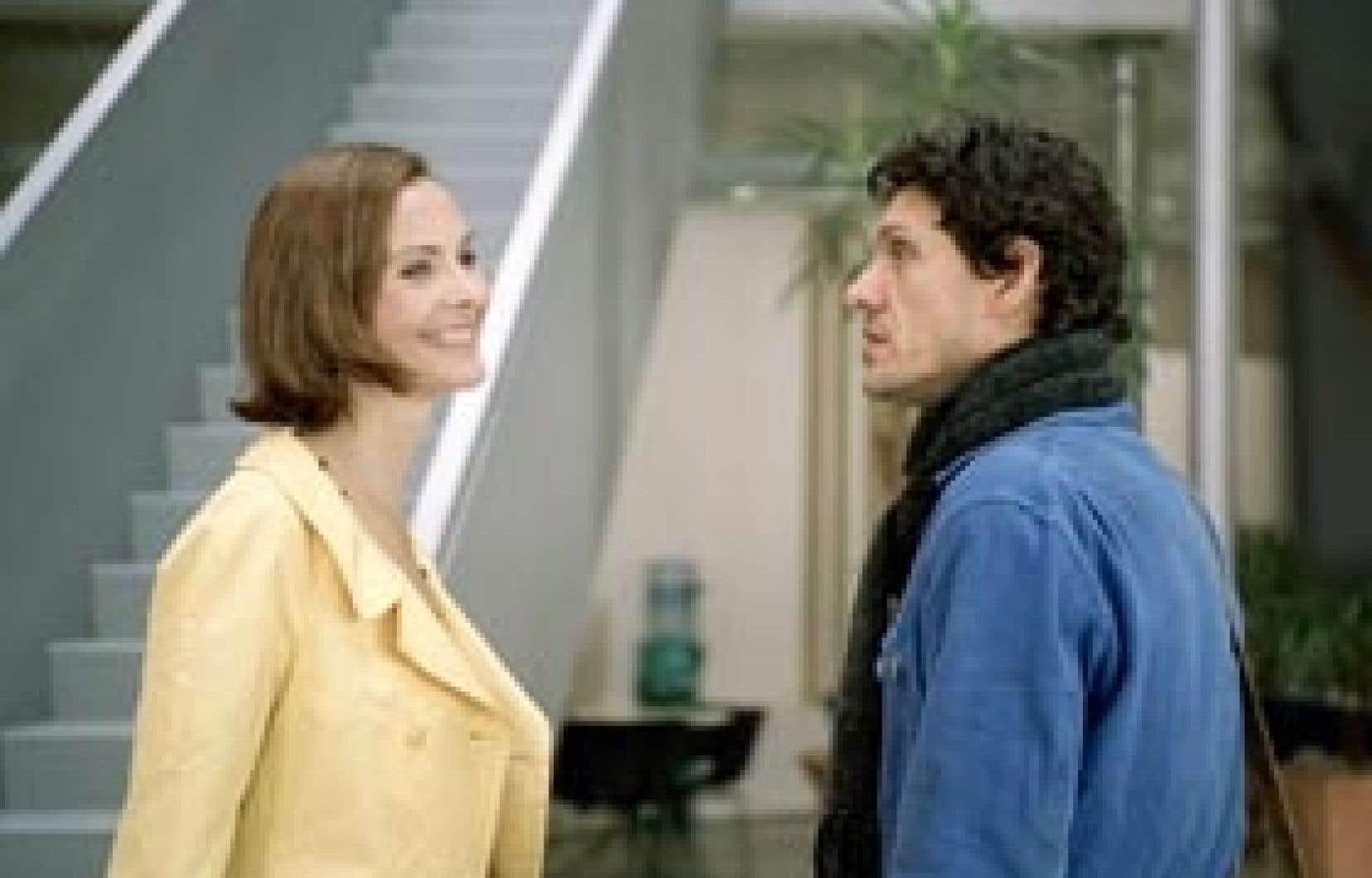 Carole Bouquet en romancière bourgeoise et Marc Lavoine en sans-abri séduisant dans Si c'était lui, d'Anne-Marie Étienne