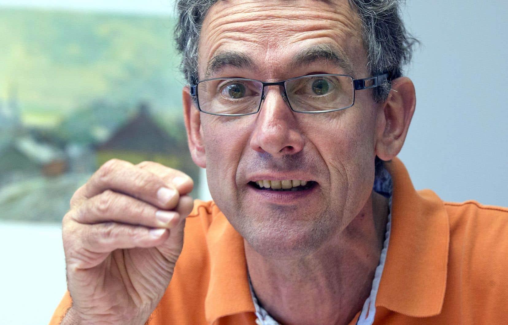 Le représentant des IUT français, Stéphane Lauwick, arrive au Québec et à Ottawa avec un message précis: en France, les stages, c'est du sérieux.