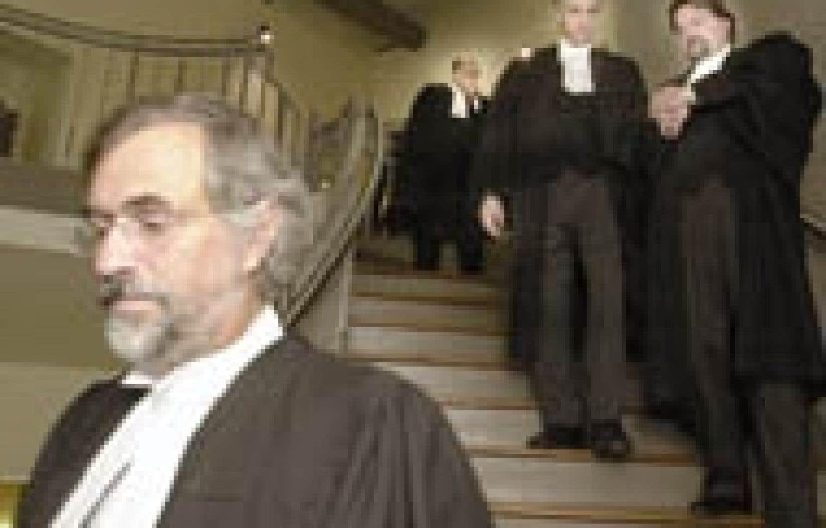 Les avocats de la défense ont collaboré comme le souhaitait le juge Réjean Paul, si bien qu'on a pu choisir un premier juré après l'interrogatoire de 72 candidats.