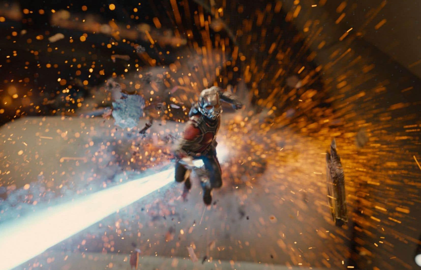 Le succès d'un film comme Ant-Man repose pour une bonne part sur la qualité des trucages et des effets spéciaux, et sur l'usage qu'on en fait. Sans surprise, le spectacle impressionne.