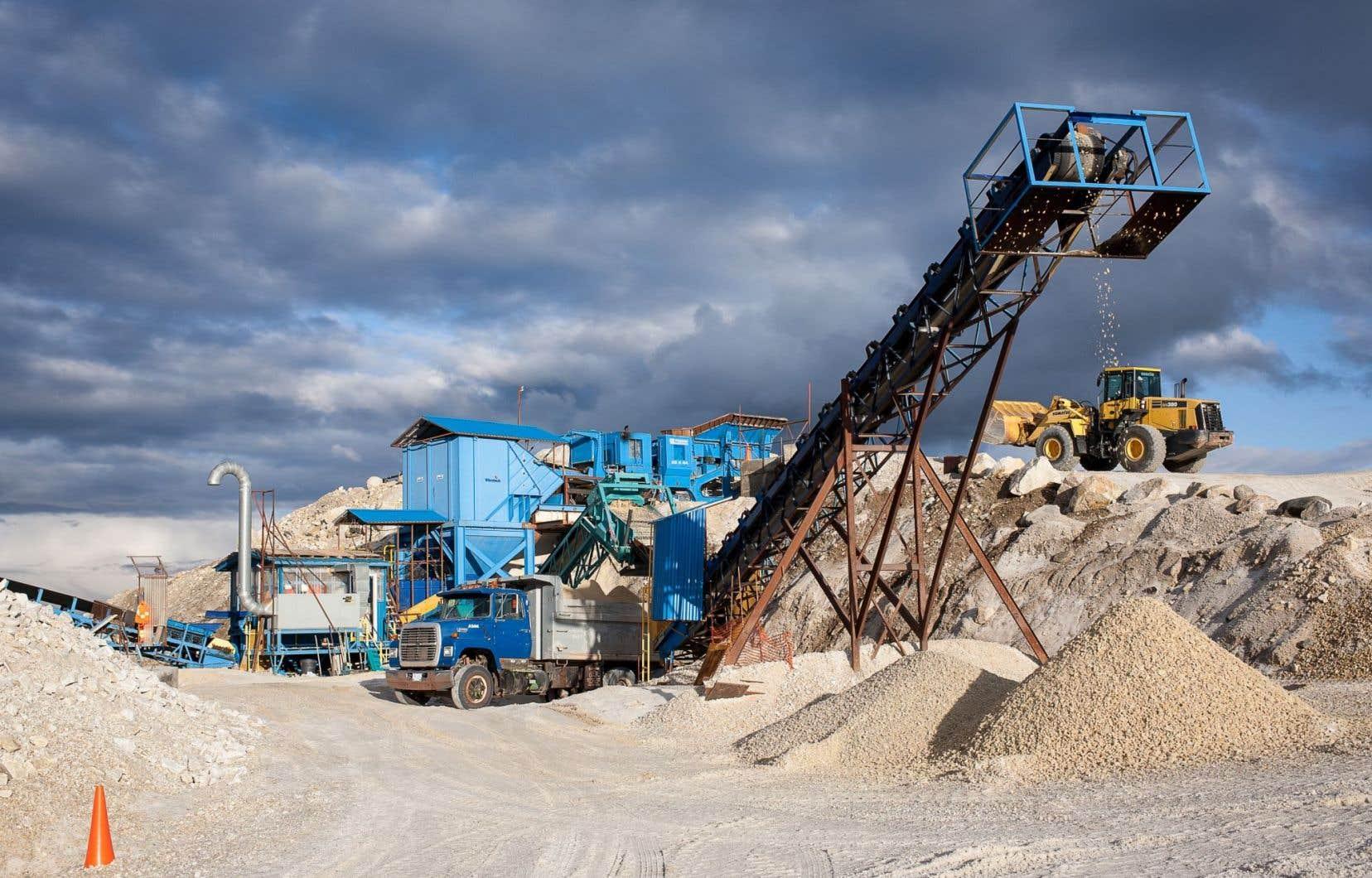Entre 2000 et 2011, l'industrie a extrait une valeur brute de près de 44 milliards du sous-sol québécois.