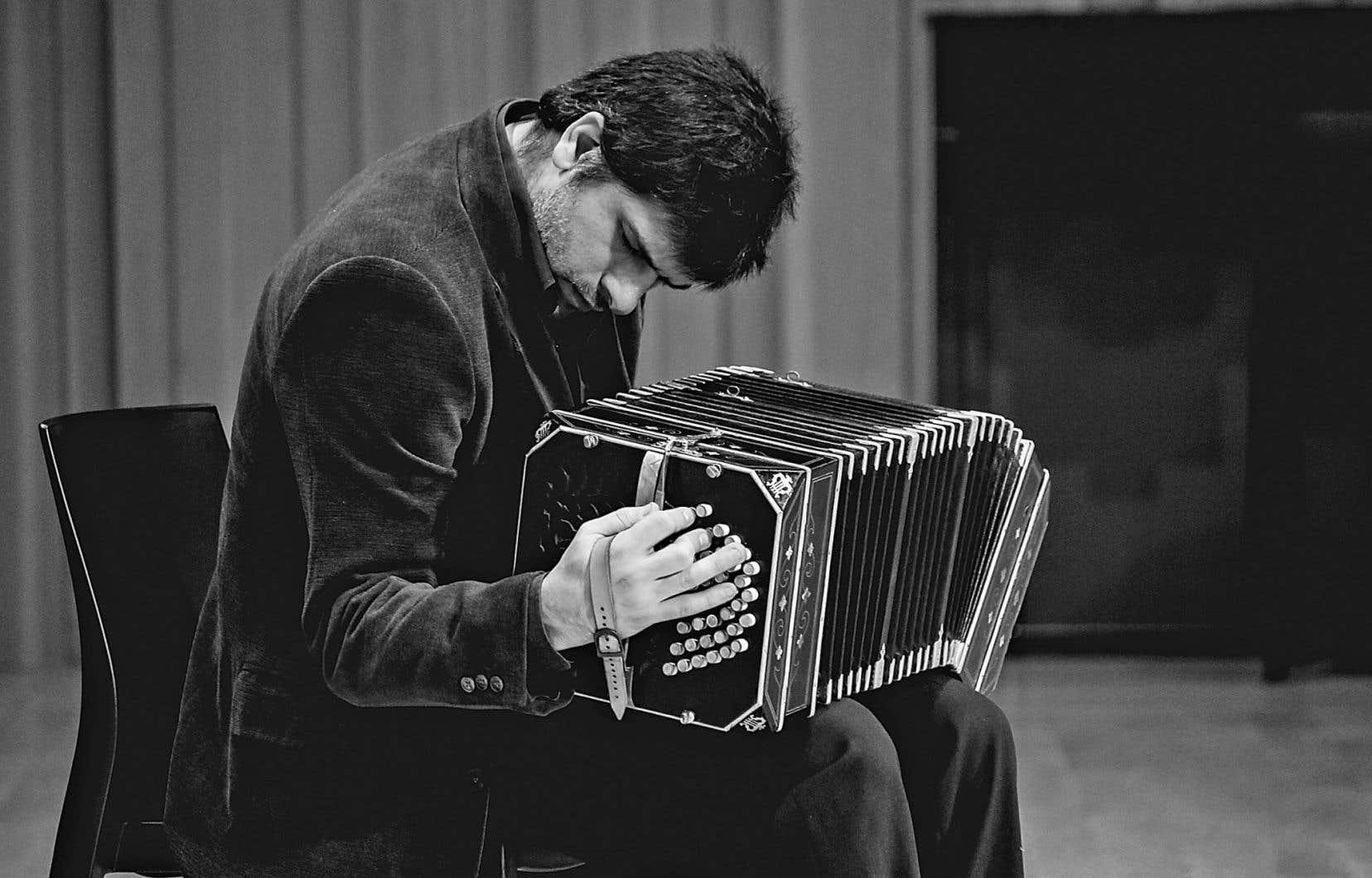 Le compositeur bandonéoniste Daniel Ruggiero assure qu'«Acontrayumba», le nouveau disque, est le plus tanguero de leurs albums.