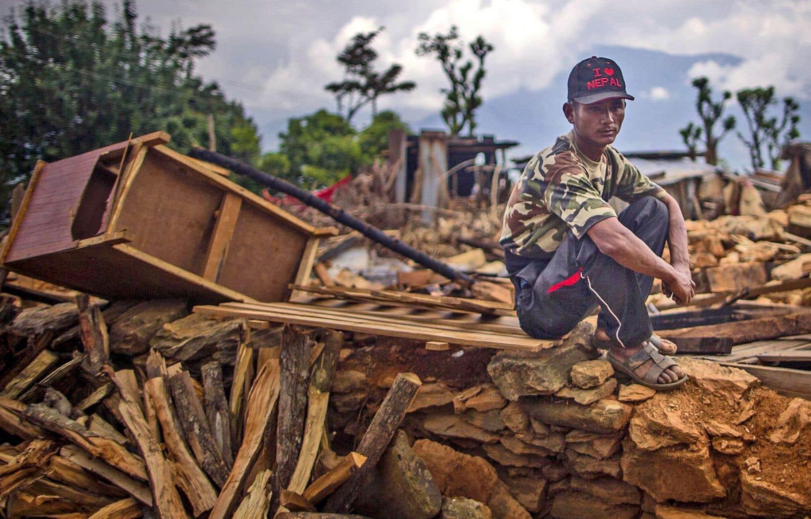 Des dégâts causés par le tremblement de terre dans la ville de Paslang au Népal