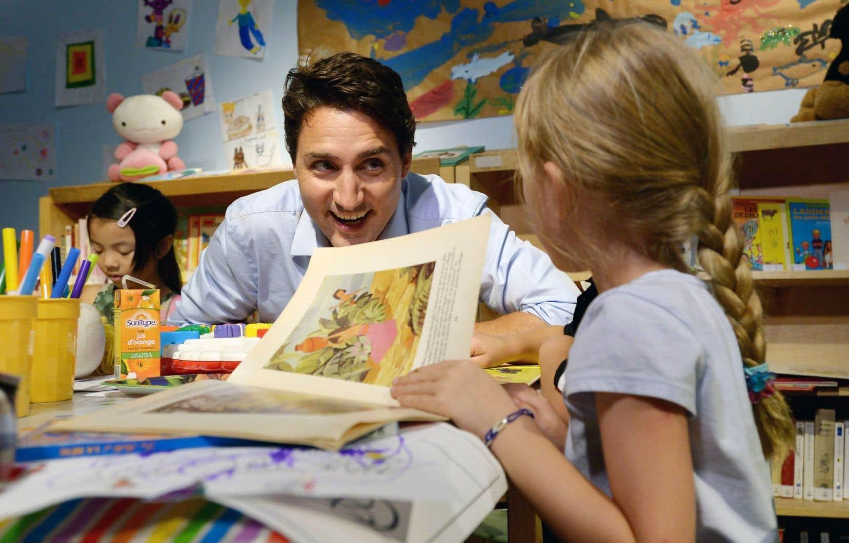 Justin Trudeau a rendu visite aux enfants du Centre culturel francophone de Vancouver, mercredi.