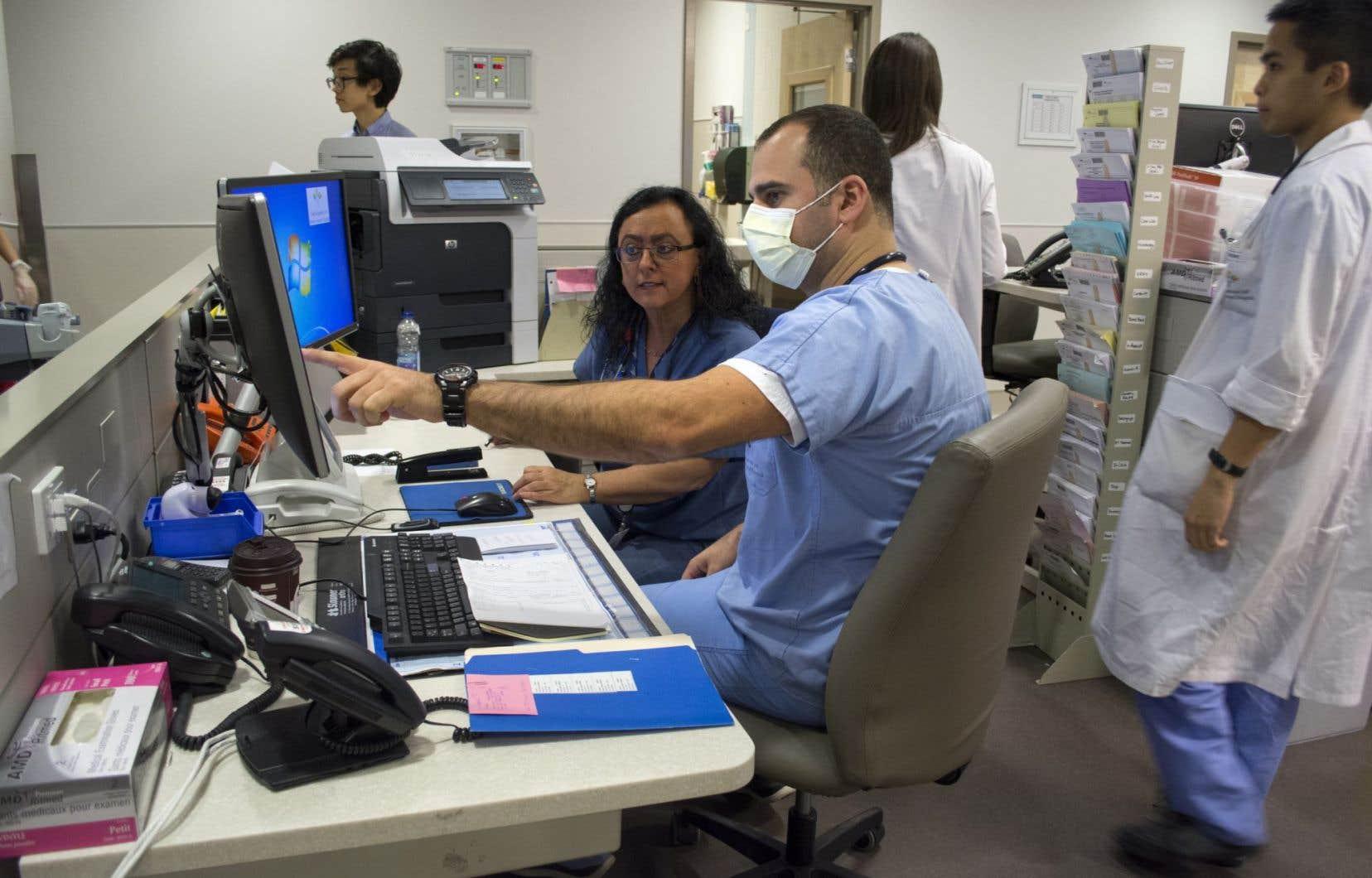 Les dépenses de santé totalisent une part importante de l'économie et font l'objet de multiples rapports demandés à des experts par les différents gouvernements.