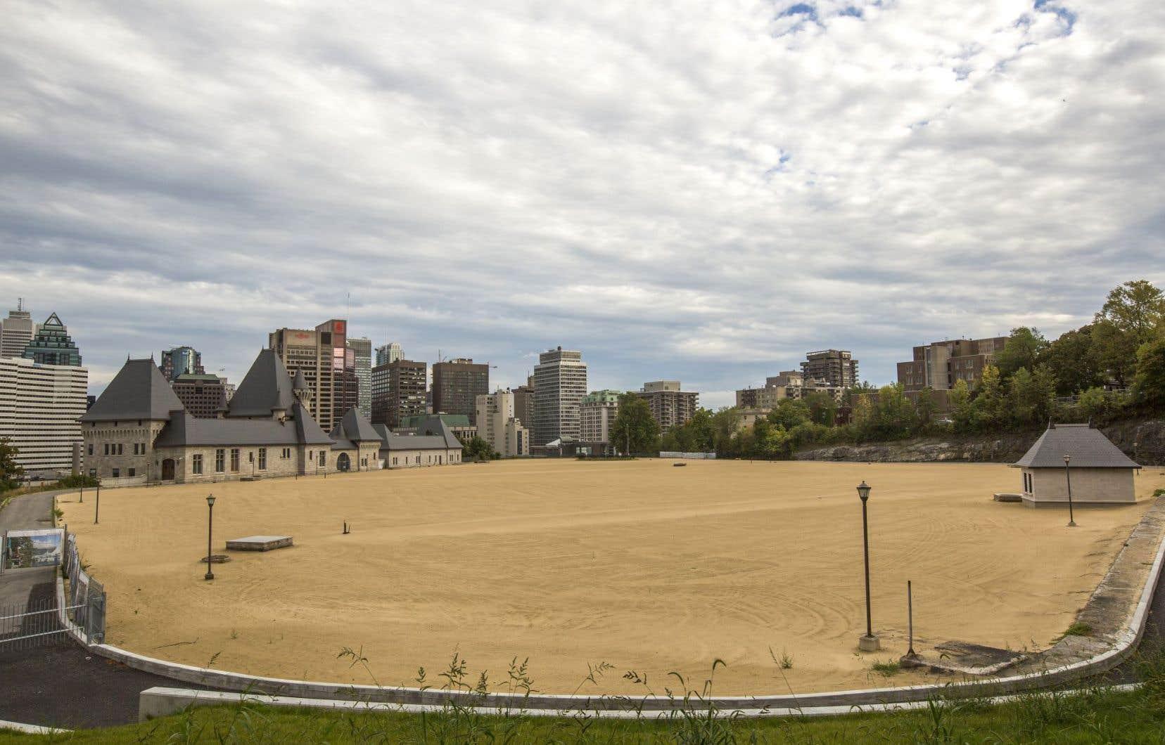 La Ville veut profiter des travaux de réfection de la membrane d'étanchéité du réservoir d'eau McTavish, qui se trouve en souterrain, pour réaménager le parc Rutherford en surface.