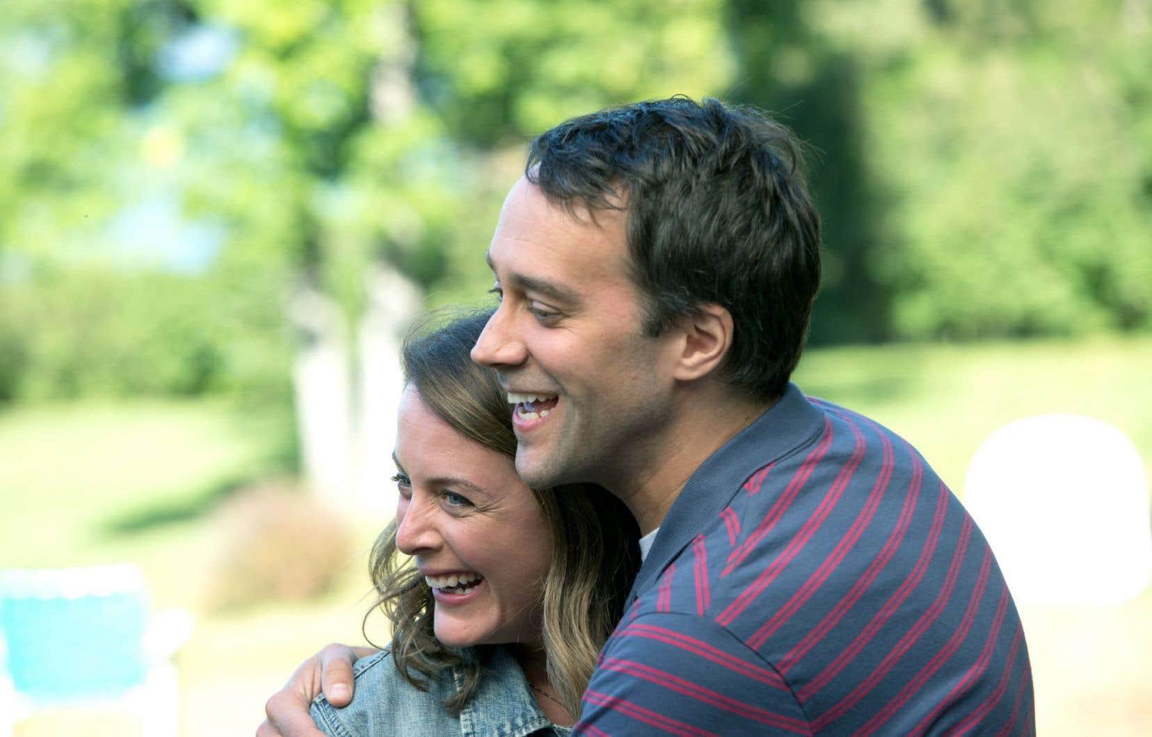 François Létourneau et Julie LeBreton incarnent respectivement Paul et sa conjointe Lucie.