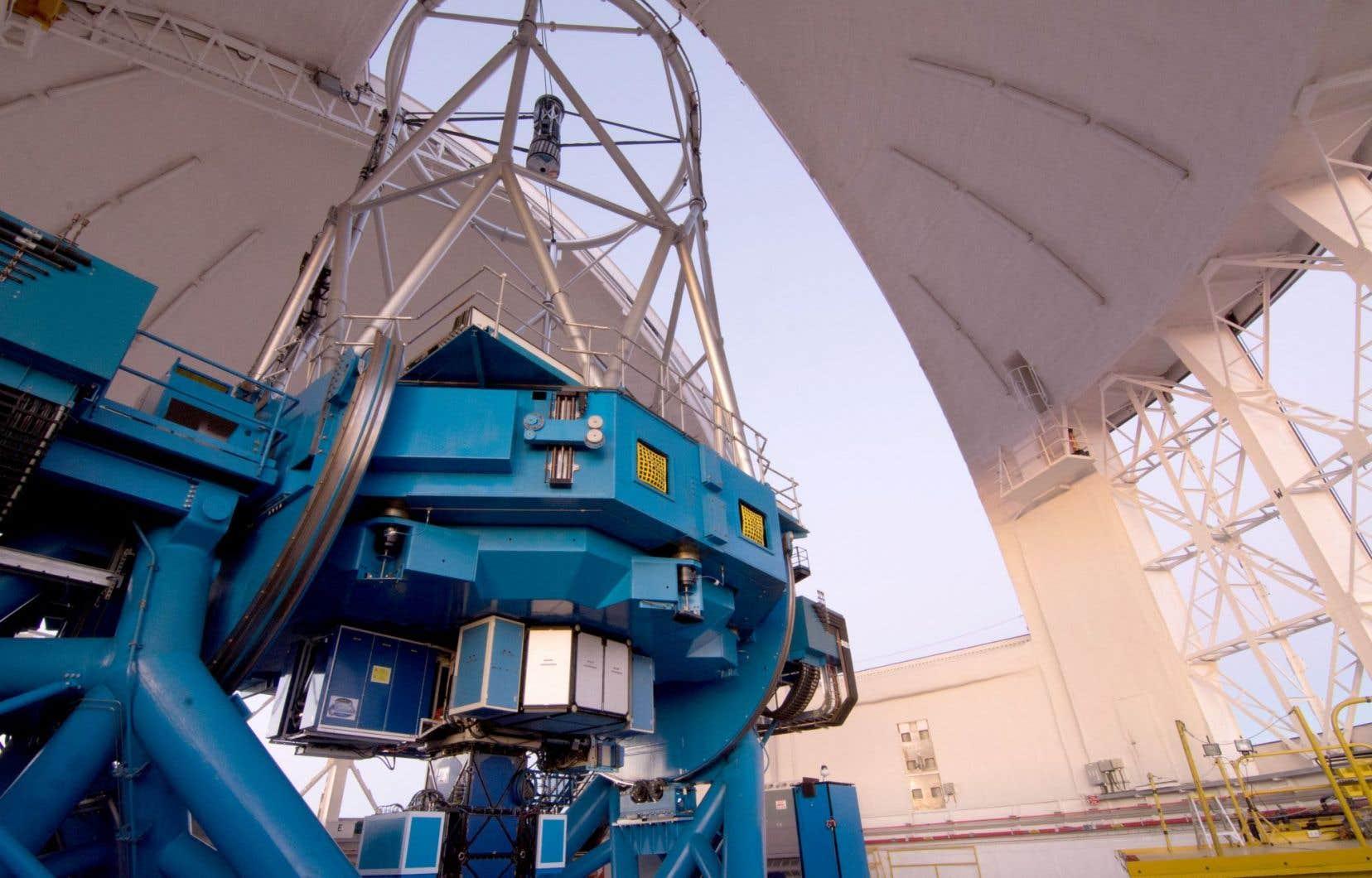 Le Gemini Planet Imager monté sur le télescope Gemini Sud a permis d'apercevoir l'exoplanète 51 Eridani b, qui est située à une centaine d'années-lumière de nous.
