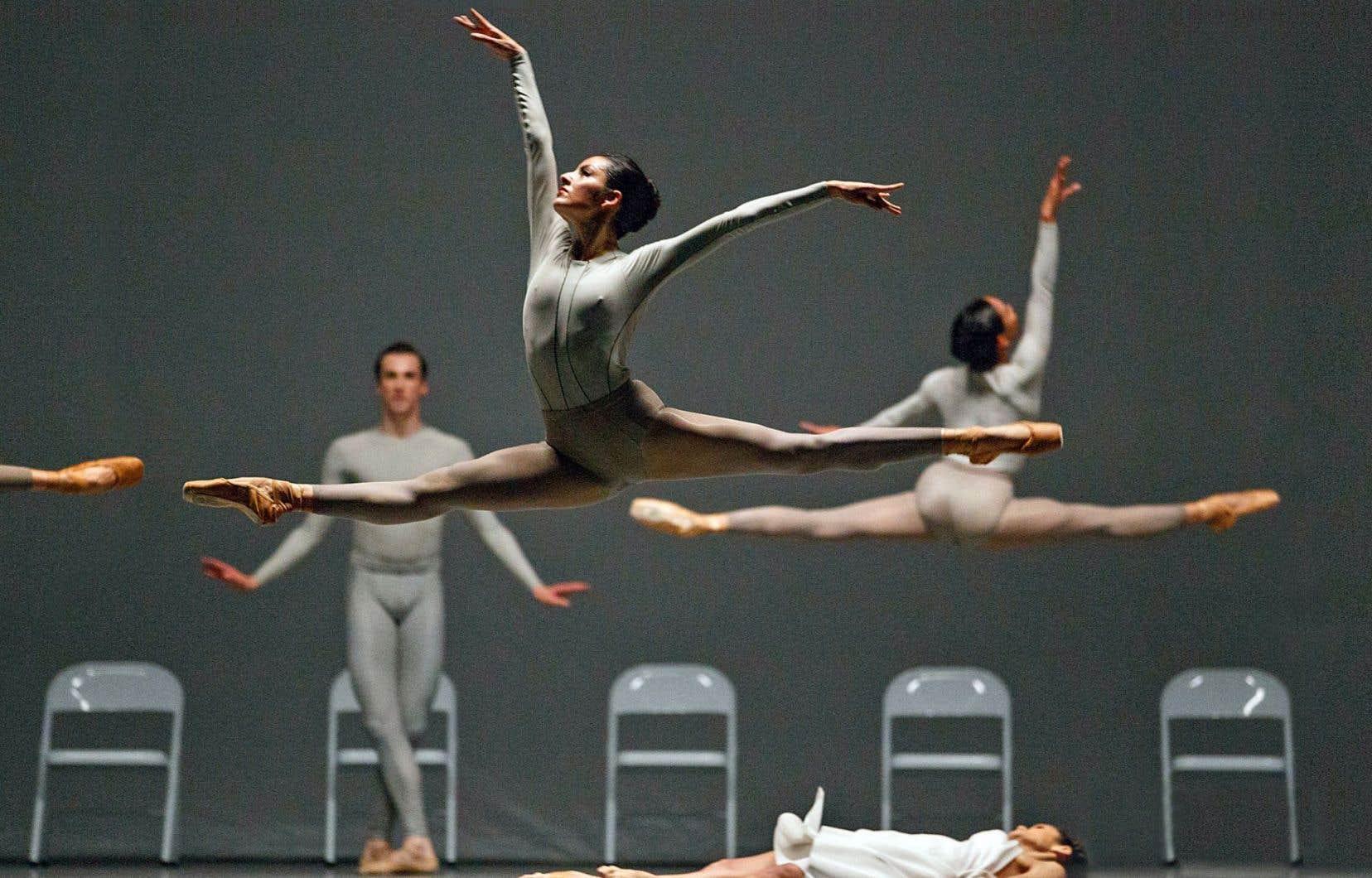 «The second detail» revisite le langage de Balanchine et multiplie ses compositions géométriques.