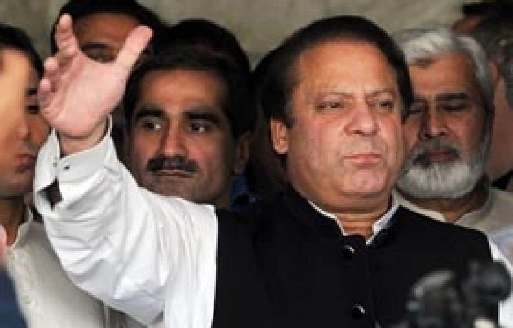 Nawaz Sharif est devenu un opposant bien encombrant pour le régime en place.