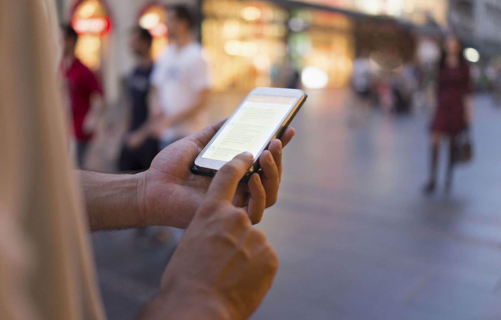 De nombreux robots participent aux courses électorales, comme le logiciel Democratik, qui propose une liste d'électeurs modifiable à l'aide d'un téléphone intelligent.