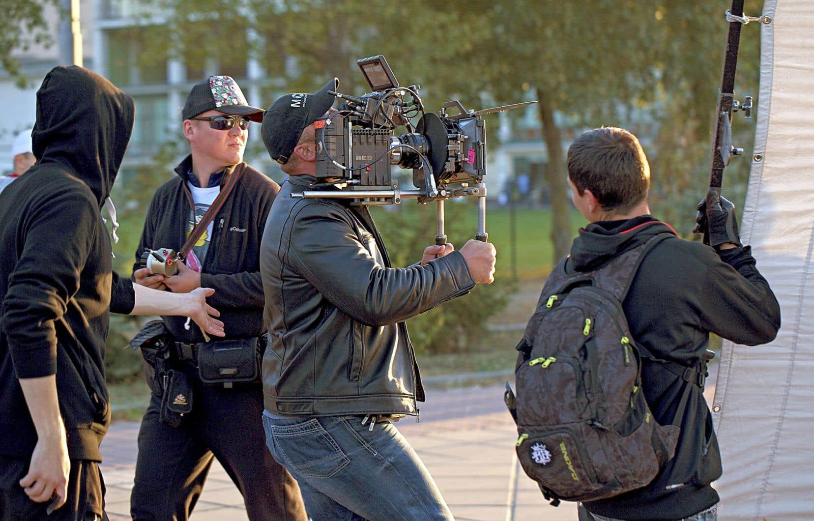 Nos séries se ressemblent de plus en plus: caméra à l'épaule, plans-séquences, économie des lieux de tournage, minimum de scènes d'action…
