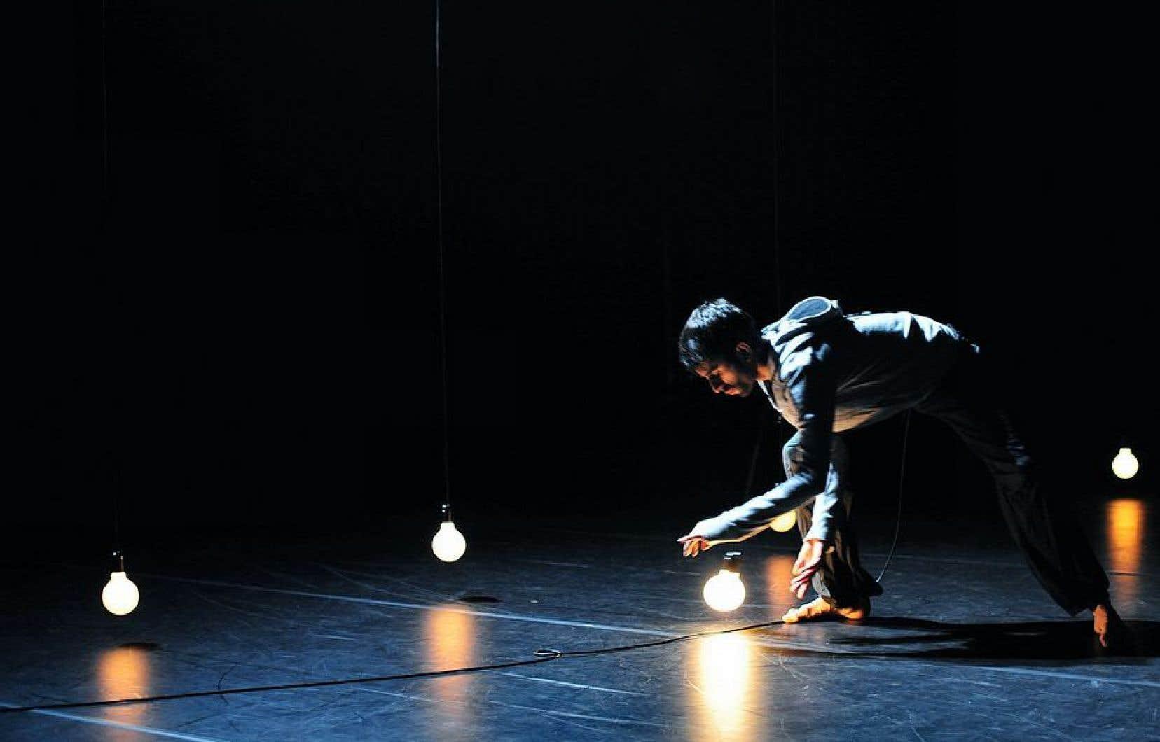 Aakash Odedra donnera à voir «Constellation», un solo écrit par Sidi Larbi Cherkaoui.