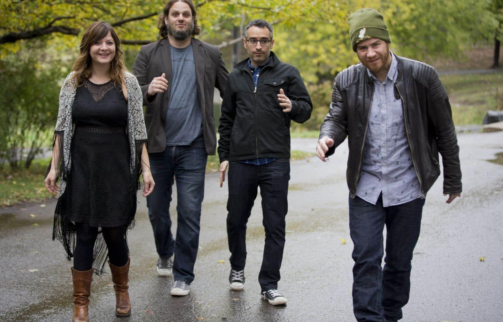 Les vétérans musiciens des Cowboys Fringants,Marie-Annick Lépine, Karl Tremblay, Jean-François Pauzé et Jérôme Dupras