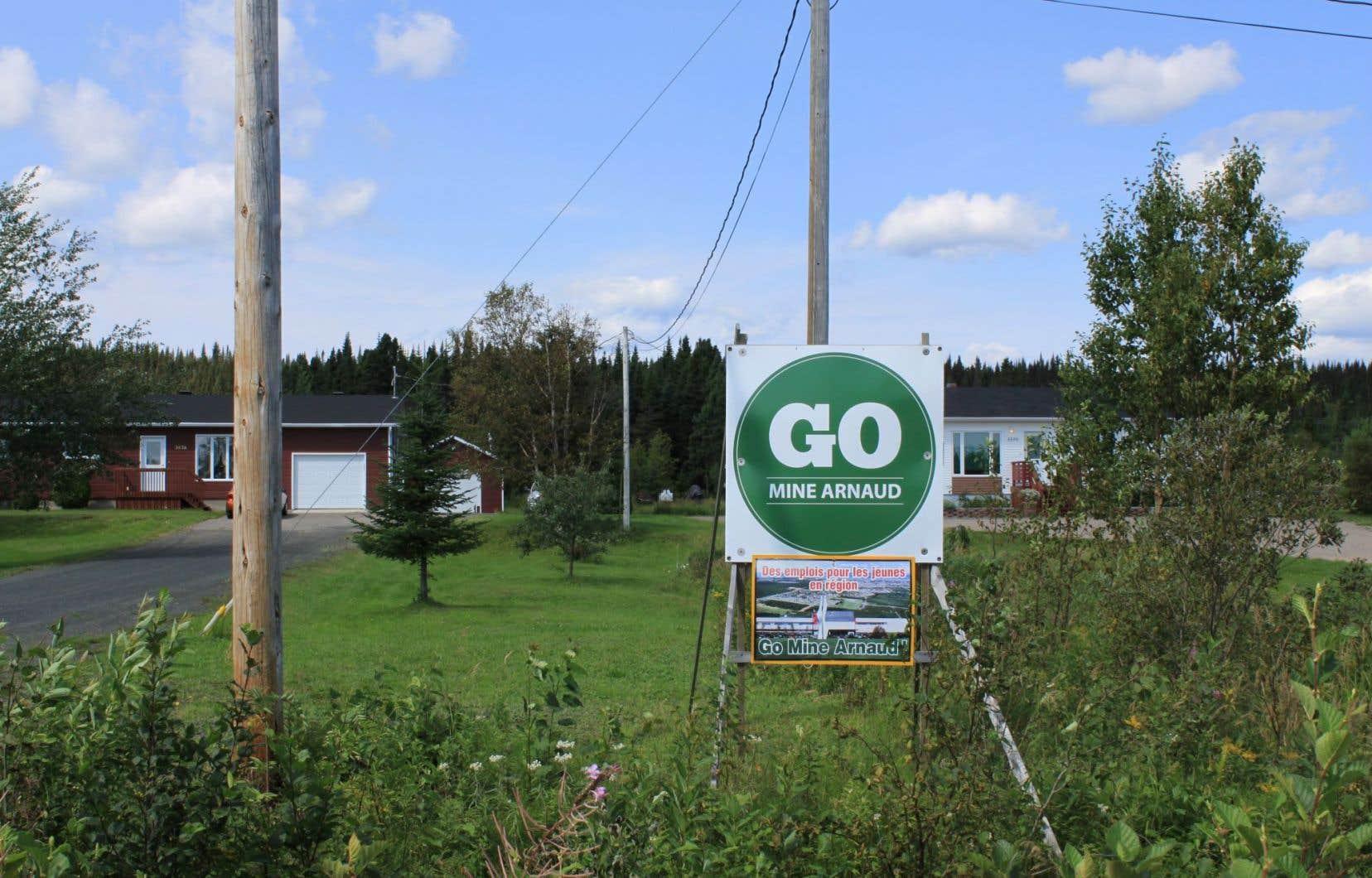À Sept-Îles, le projet de mine Arnaud divise la population.