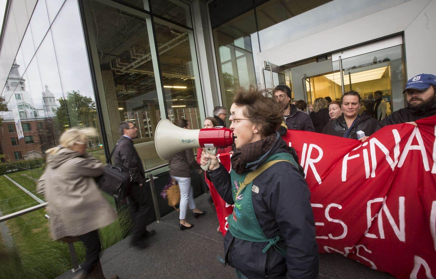 Environ 200 organismes communautaires avaient bloqué les bureaux du ministère du Travail à Québec, le 1eroctobre dernier. Cette fois, ils seront plus de 1300 à se mobiliser.