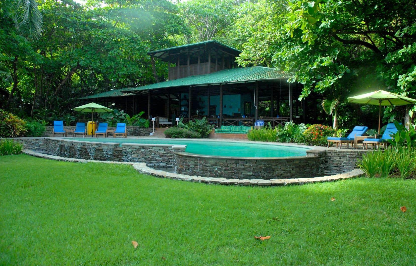 À l'hôtel Latitude 10, on peut communier avec la nature, mais en tout confort.