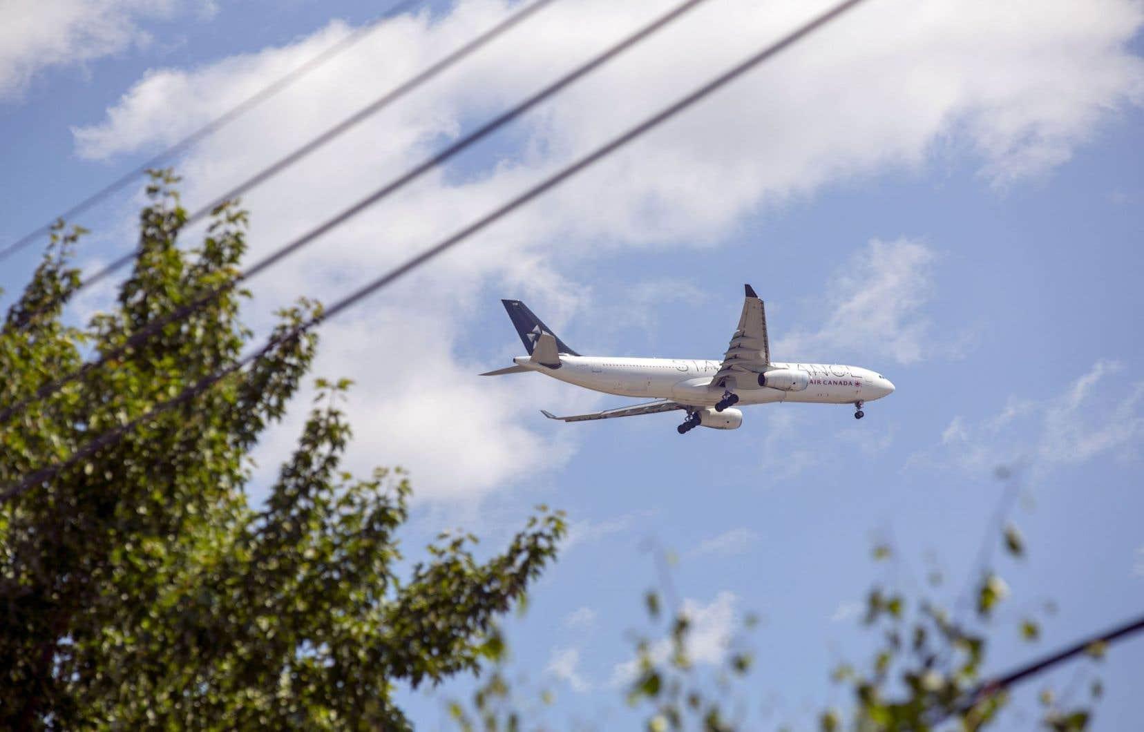 L'ICIA a décidé d'approcher l'aérospatiale dans une perspective plus large que les seuls domaines du génie et de l'informatique. Un étudiant en sciences environnementales pourrait s'intéresser à pollution sonore générée par les aéroports en milieu urbain.