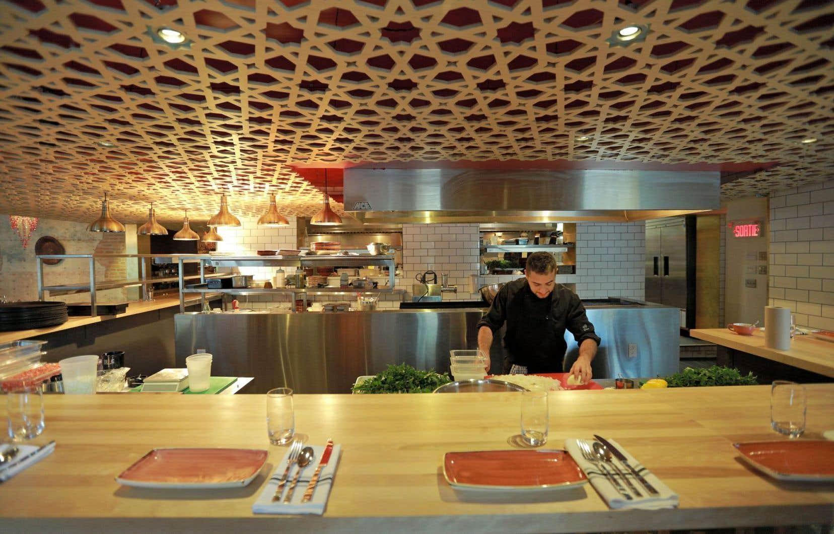 Pour ne pas se compliquer l'existence, on peut convenir de prendre le menu dégustation de cinq services chez Damas.