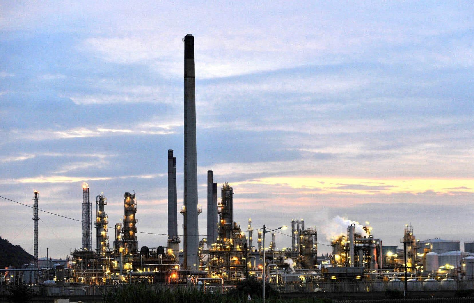 La Financière Manuvie maintiendra ses investissements dans le secteur du pétrole et du gaz en dépit des mauvais rendements qu'ils procurent en ce moment.