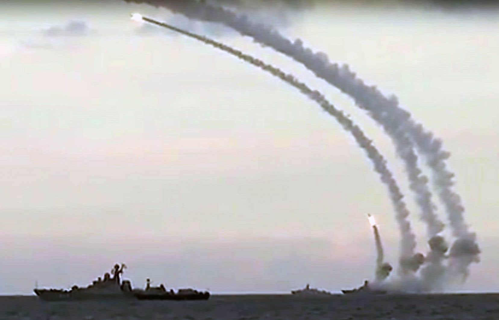 Moscou affirme que la marine russe en mer Caspienne a lancé des missiles de croisière sur les positions du groupe EI en Syrie.
