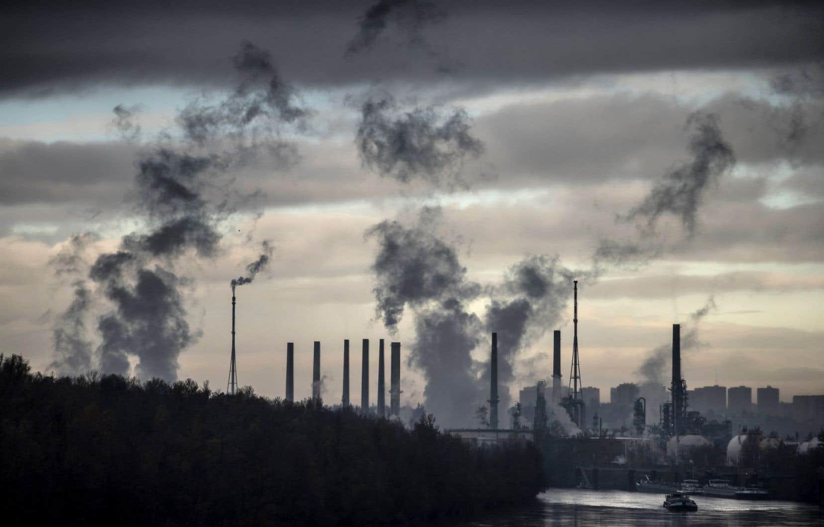 Un an après l'annonce, le Fonds, qui donne chaque année une trentaine de millions, ne possède plus qu'environ 3,5% des actifs dans le créneau des énergies fossiles, comparativement à 8% au moment de la décision.