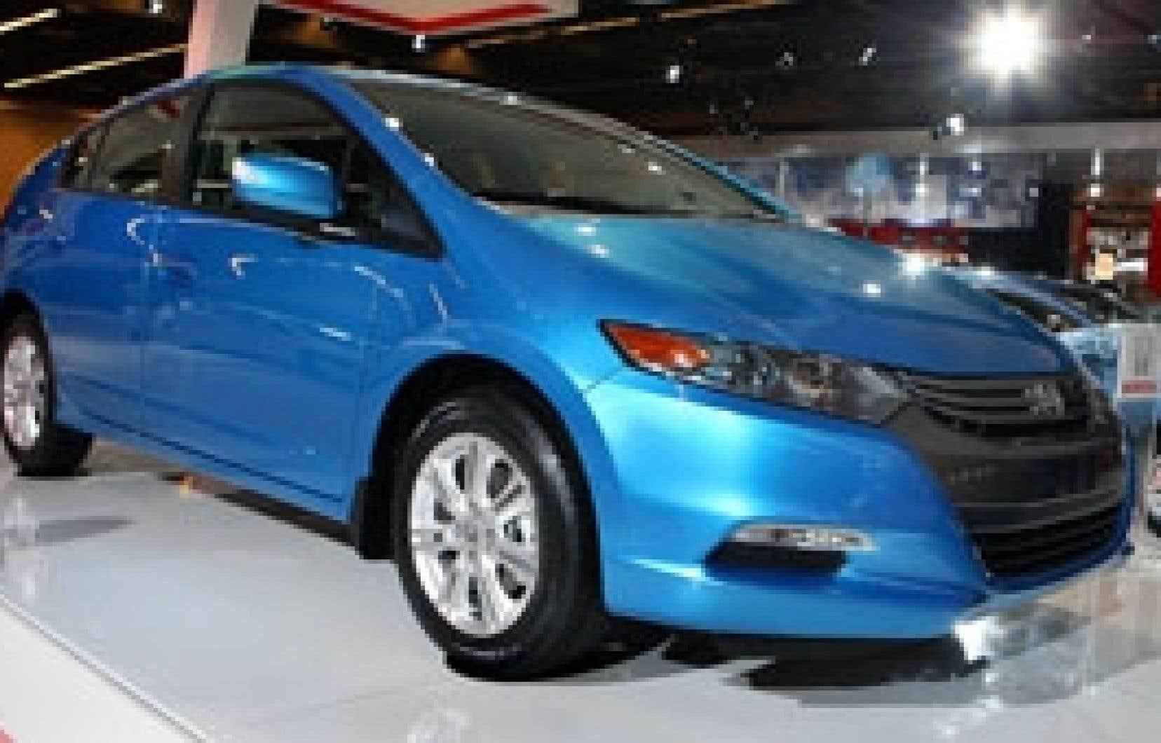 L'Insight, le nouveau modèle hybride de Honda, présenté au dernier Salon de l'automobile de Montréal.
